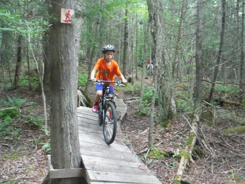 Mud City Adventures Mountain Bike Camp is an adventure filled 3-day 1-night excursion featuring introductory mountain biking and beginner lessons. Once you're comfortable on the beginner trails, we'll progress as much as the kids want to, within reason of course.